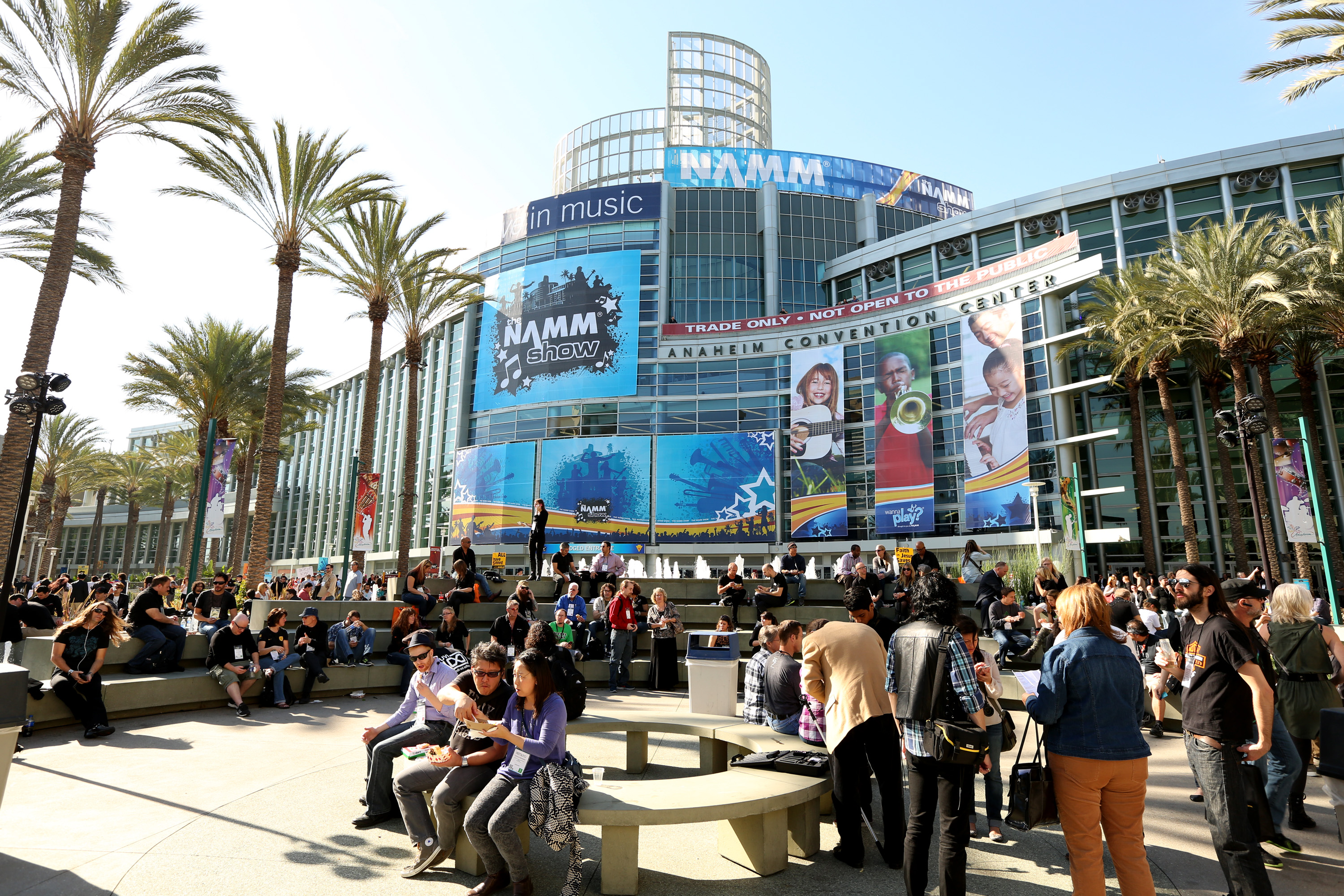 Trade Show Booth : Live from anaheim the namm show january