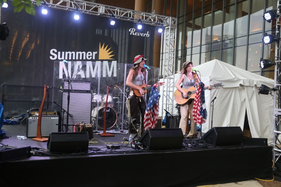mmhmm performs on the NAMM Reverb Stage on the Terrace