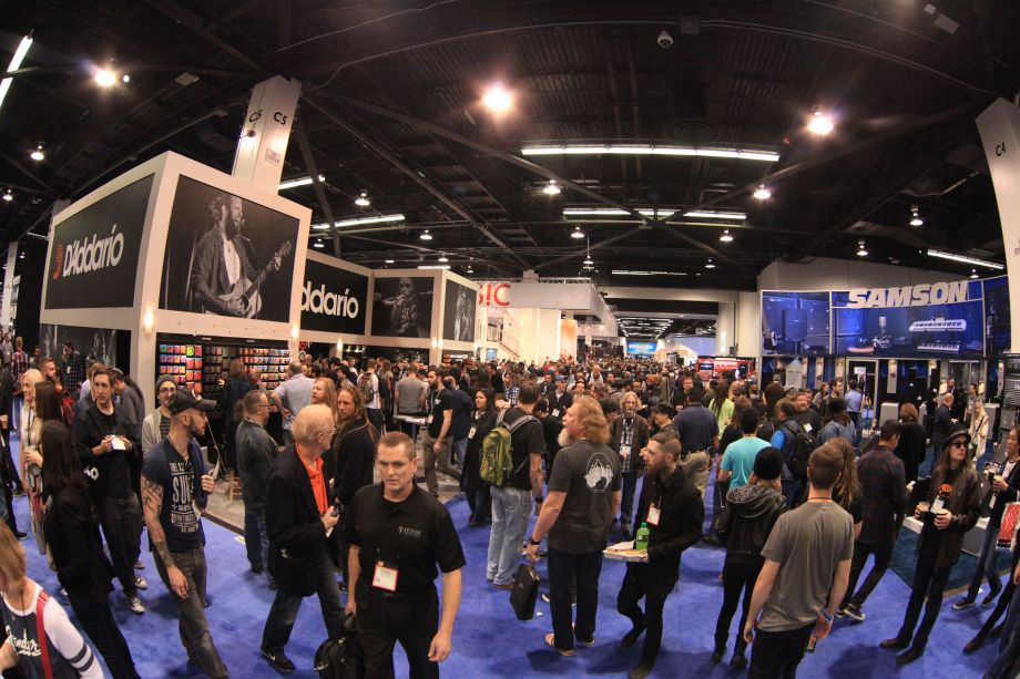 A busy show floor (Photo by NAMM Staff)