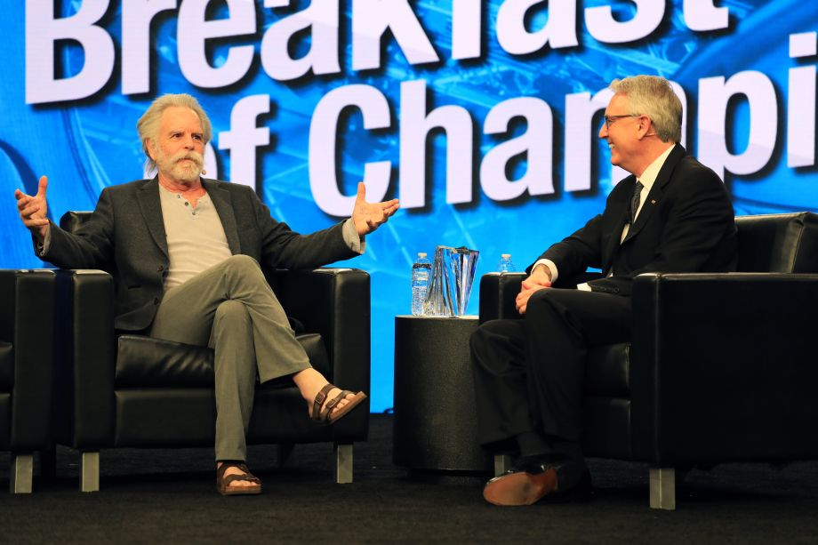Joe Lamond interviews Bob Weir of Grateful Dead at Thursday's Breakfast of Champions