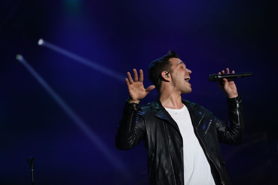 Andy Grammer delivers stellar performance on the NAMM Yamaha Grand Plaza Stage