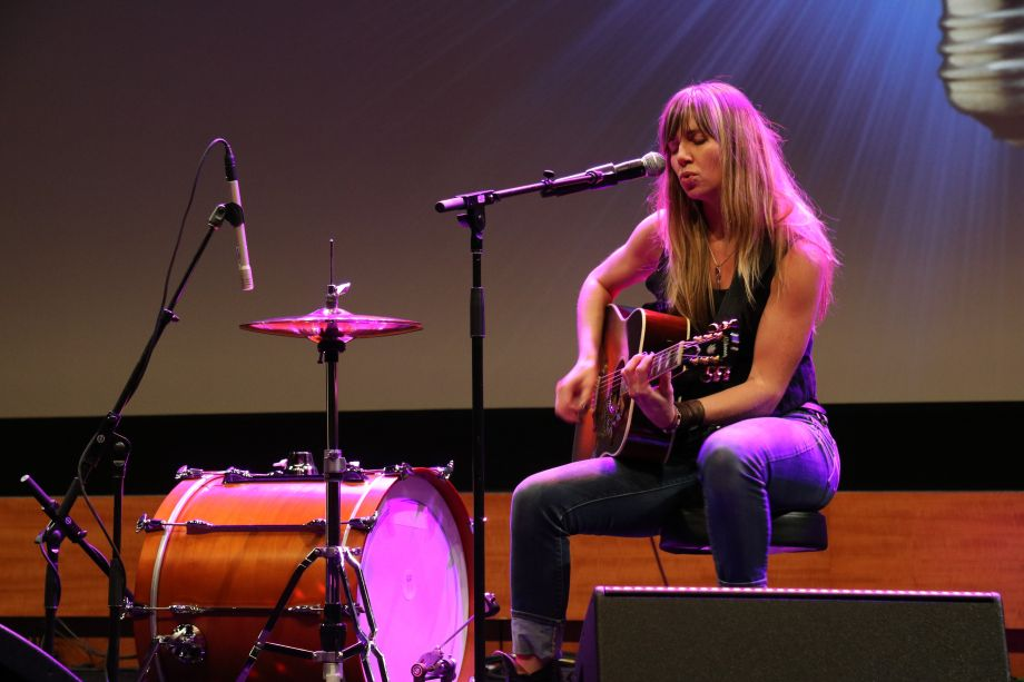 Tiffany Christopher performs at Friday's NAMM U Breakfast Session.